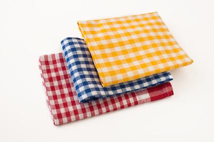 Geschirrhandtücher in Gelb, Blau und Rot